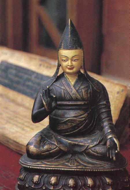 "Bodong Pancheni kuju ""Näeb-välja-nagu-mina"""