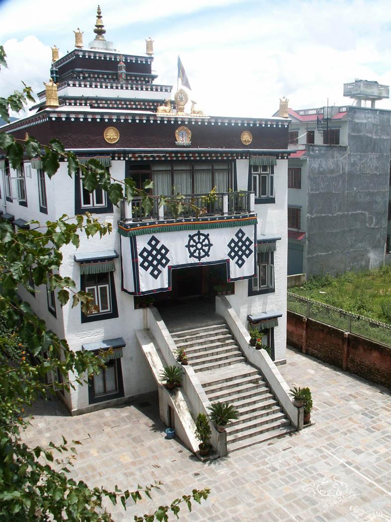 Praeguse kloostri tempel